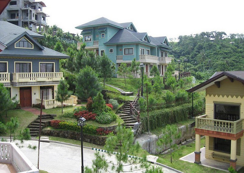 Crosswinds tagaytay philippines travel with leirs for Crosswinds homes
