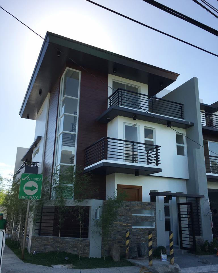P15 million homes in quezon city modern home design ideas for Modern house quezon city