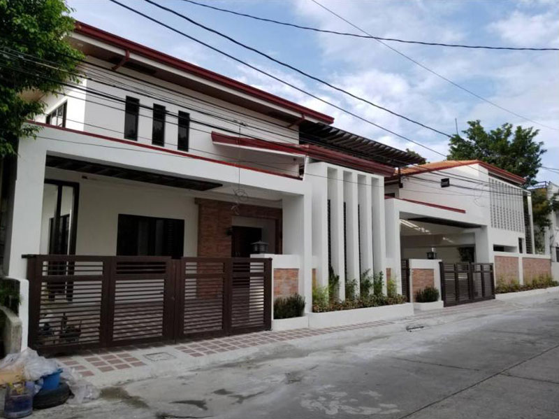 6 cars garage house for sale in paranaque city for 6 car garage homes for sale
